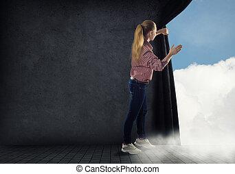 mulher jovem, empurrões, a, cortina, olhar, nuvens