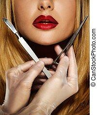 mulher, jovem, rosto, mãos, cirurgia, plástico, ferramentas