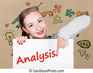 mulher jovem, segurando, whiteboard, com, escrita, word:, analysis., tecnologia, internet, negócio, e, marketing.