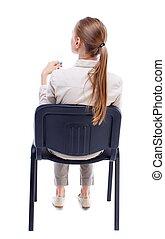 mulher, jovem, sentando, vista, chair., costas, bonito