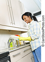mulher, lavando, jovem, pratos