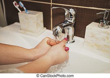 mulher, lavando, limpeza, hands., mãos