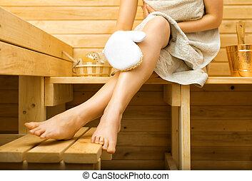 mulher, legs., relaxante, sauna., massaging