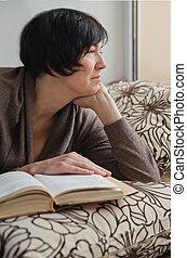mulher, livro, relaxante