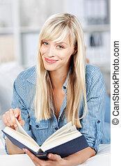 mulher, livro, relaxante, leitura