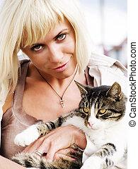 mulher, loura, gato