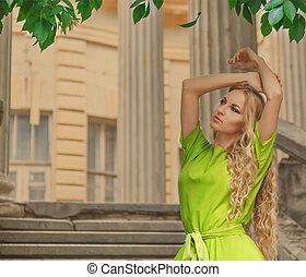 mulher, loura, verde, longo, vestido, bonito