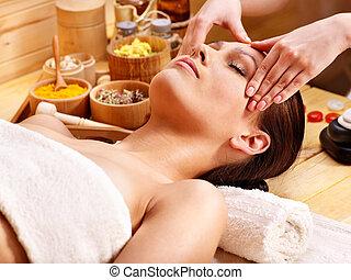 mulher, massagem facial, obtendo