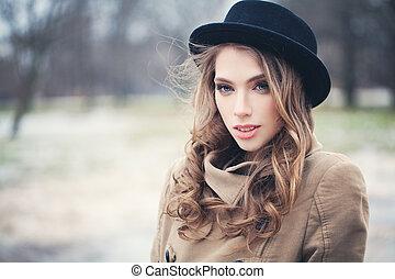 mulher, moda, pretas, ao ar livre, retrato, modelo, chapéu, agradável