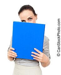 mulher negócio, com, um, azul, fichário