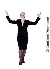 mulher negócio, esperar, para, um, milagre