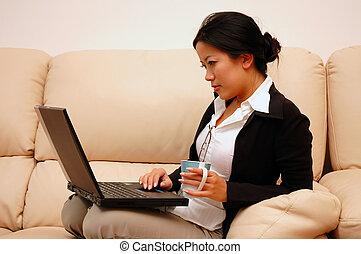 mulher, no trabalho, de, lar