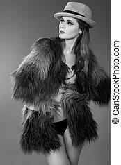 mulher, pano, moda, pretas, glamor, excitado, jovem, modelo, alto, retrato, elegante, caucasiano, look., bonito