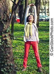 mulher, parque, esticar