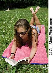 mulher, parque, jovem, leitura