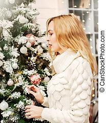 mulher, plataformas, suéter, árvore, christmas branco