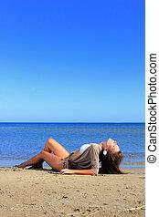 mulher, praia