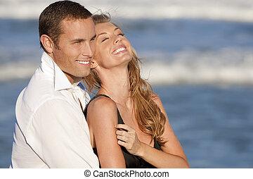 mulher, praia, par, homem, abraço, romanticos, rir