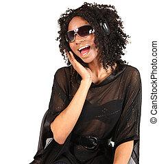 mulher preta, escutar música, branco, fundo