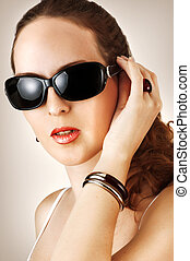 mulher preta, fahion, jovem, óculos