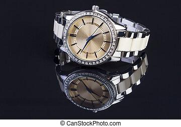 mulher preta, relógio, luxo
