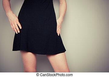 mulher preta, vestido, jovem