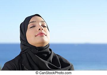 mulher, profundo, ar, árabe, respirar, saudita, fresco, praia