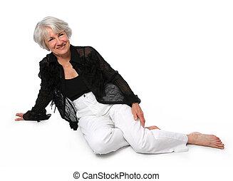 mulher sênior, sentando