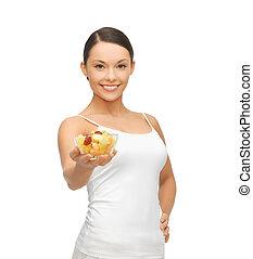 mulher, salada, saudável, tigela, fruta, segurando