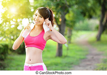mulher saudável, bebidas, água