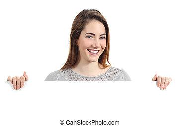 mulher segura, sorrir feliz, em branco, painél publicitário...
