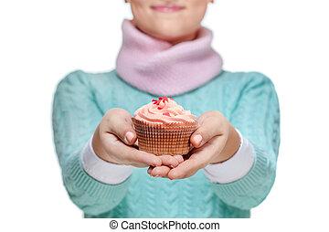 mulher segura, um, cor-de-rosa, cupcake, branco