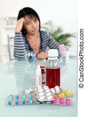 mulher, sentado, frente, medicação