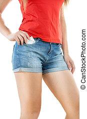 mulher, shorts, calças brim, posar, preservativo, excitado, compactado