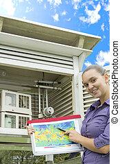 mulher sorridente, meteorologist
