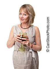 mulher sorridente, segurando, vidro vinho