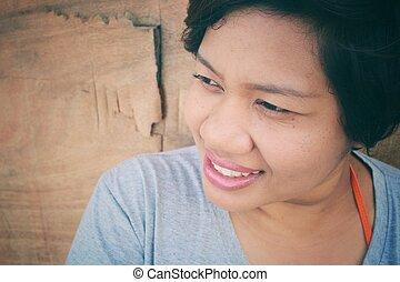 mulher, sorrizo