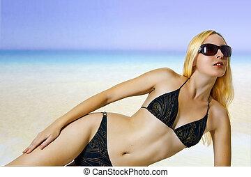 mulher sunbathing, sexual, biquíni, mar, praia