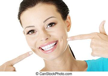 mulher, teeth., perfeitos, mostrando, dela
