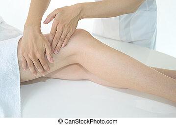 mulher, tendo, perna, massagem