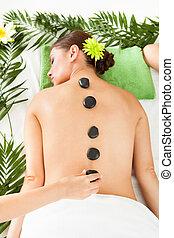 mulher, tendo, um, pedra quente, massagem