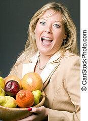 mulher, tigela, fruta