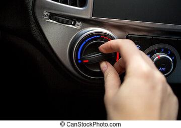mulher, tiro, car, jovem, ar, interruptor, closeup,...