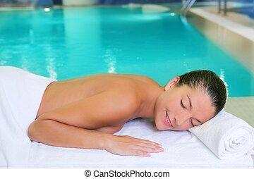 mulher, toalha, relaxado, spa, branca, piscina