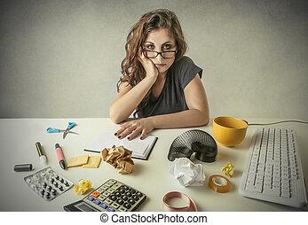 mulher, trabalhando