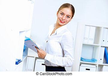 mulher, trabalhando escritório, jovem, desgaste negócio