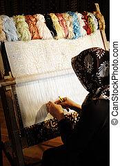 mulher, trabalhar, a, loom., oriental, muçulmano, nacional,...