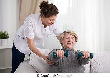 mulher velha, treinamento, casa