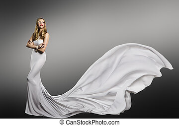 mulher, vestido branco, modelo moda, em, longo, seda, vestido, waving, rabo, voando, tecido, trem, pano, vibrar, ligado, vento