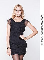 mulher, vestido preto